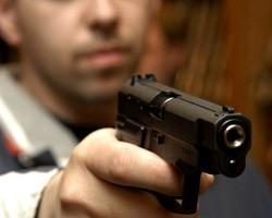 В Симферополе двух местных жителей обвиняют в покушении на убийство