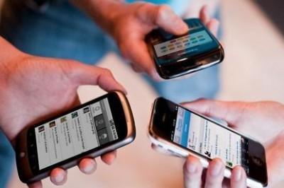 Российские мобильные операторы не торопятся заходить в Крым