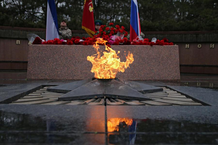 В Крыму ветеранов с Днем Победы едва не поздравили фашисты