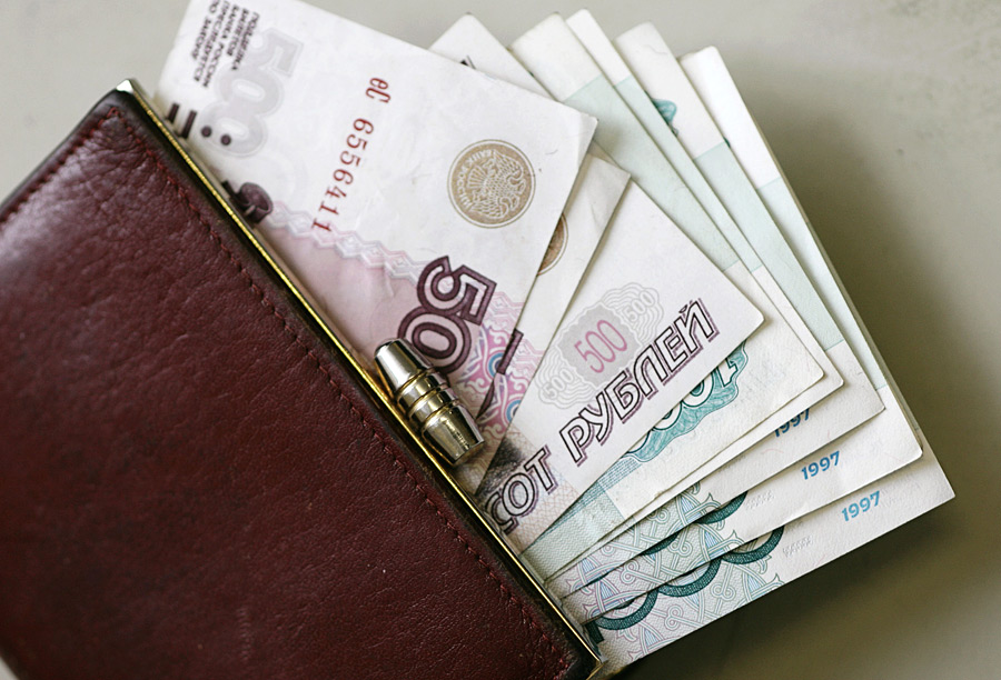 Севастопольские предприятия продолжают не выплачивать сотрудникам заработную плату