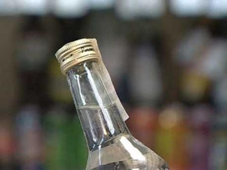 В Севастополе от паленой водки погибли люди
