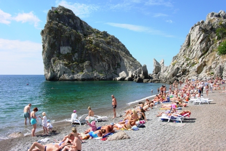 Стали известны цены на отдых на полуострове в этом курортном сезоне
