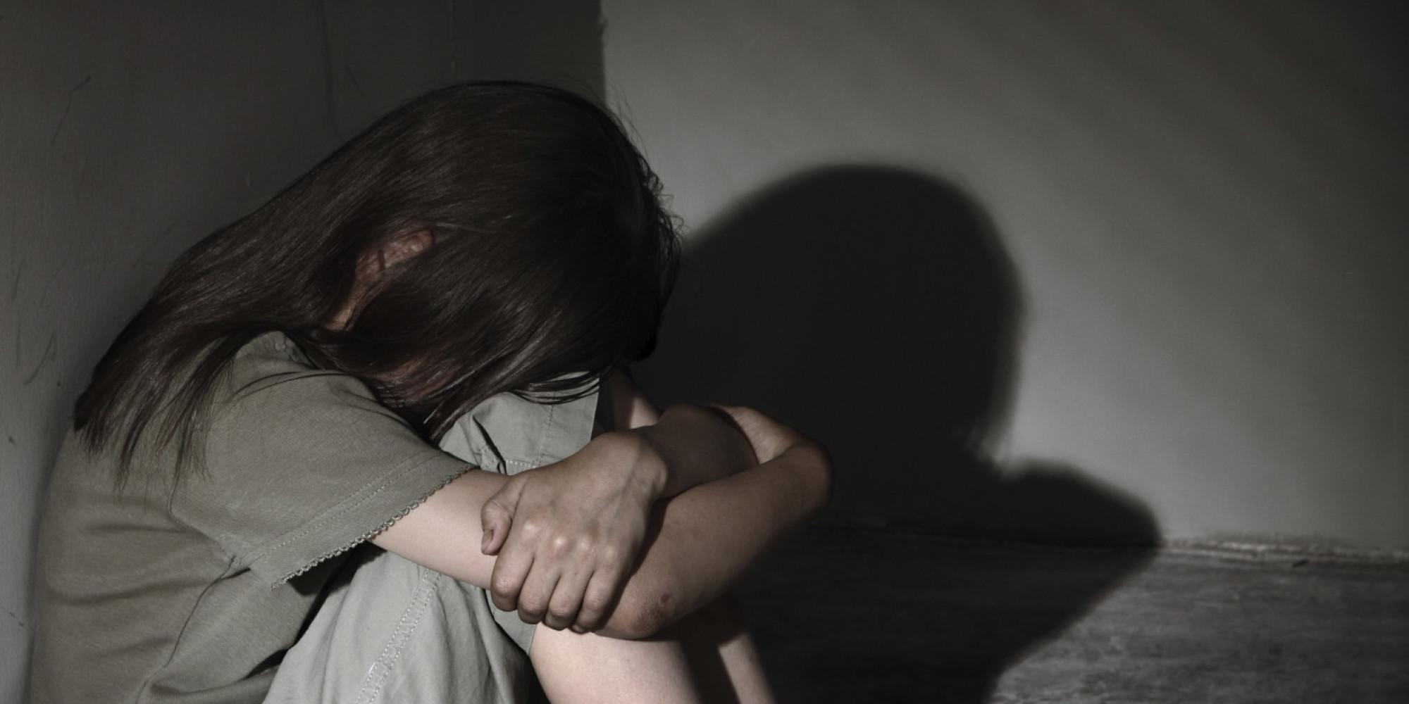 В Севастополе местный житель едва не изнасиловал несовершеннолетнюю девушку