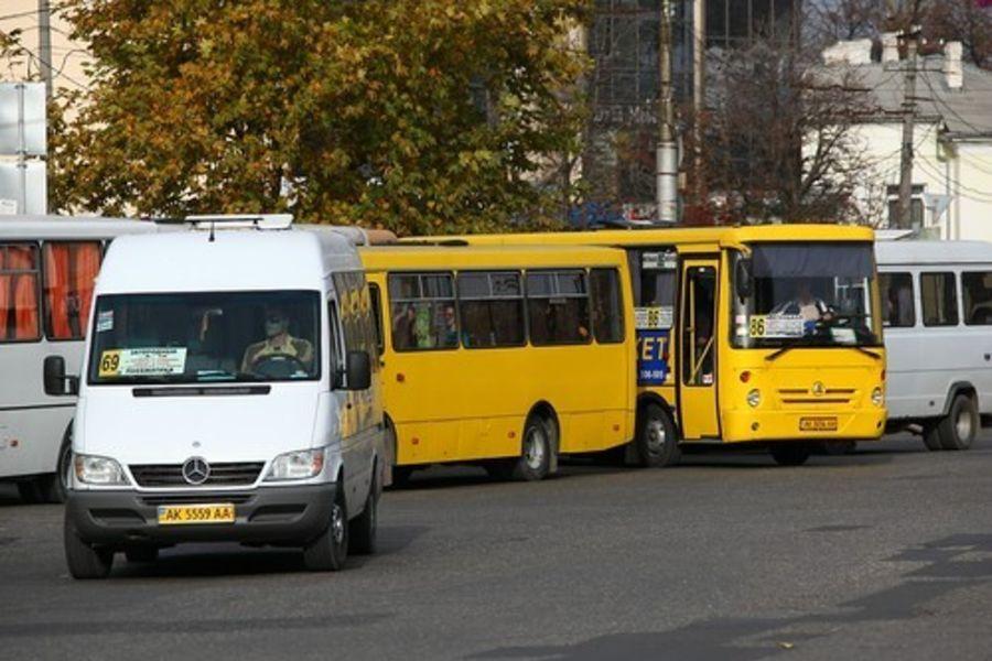 В Симферополе решили не поднимать стоимость проезда в маршрутках