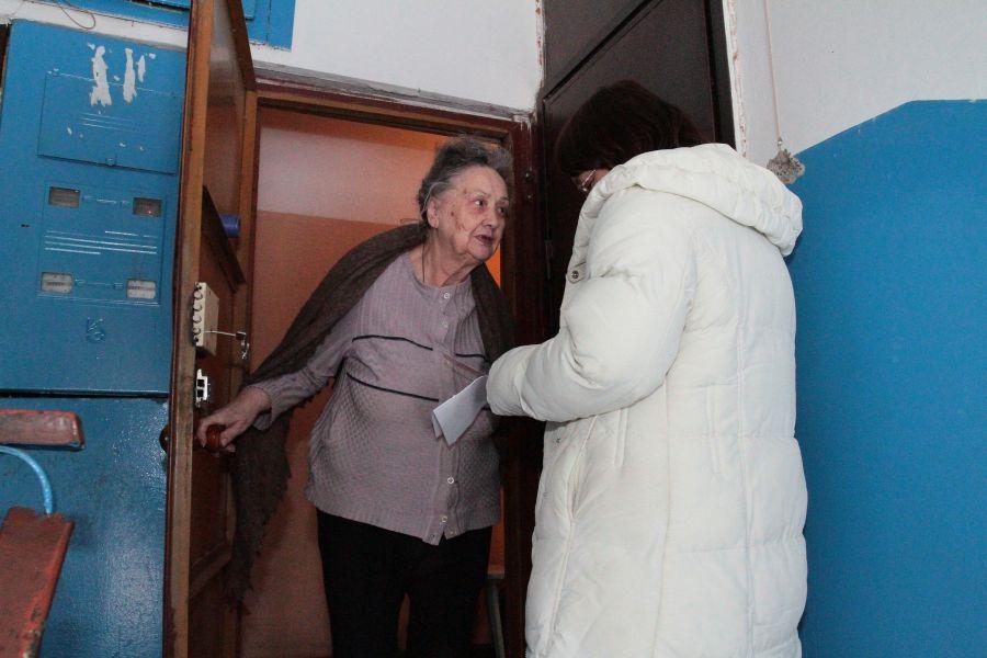 В Керчи мошенницы обворовывают пенсионеров под видом соцработников