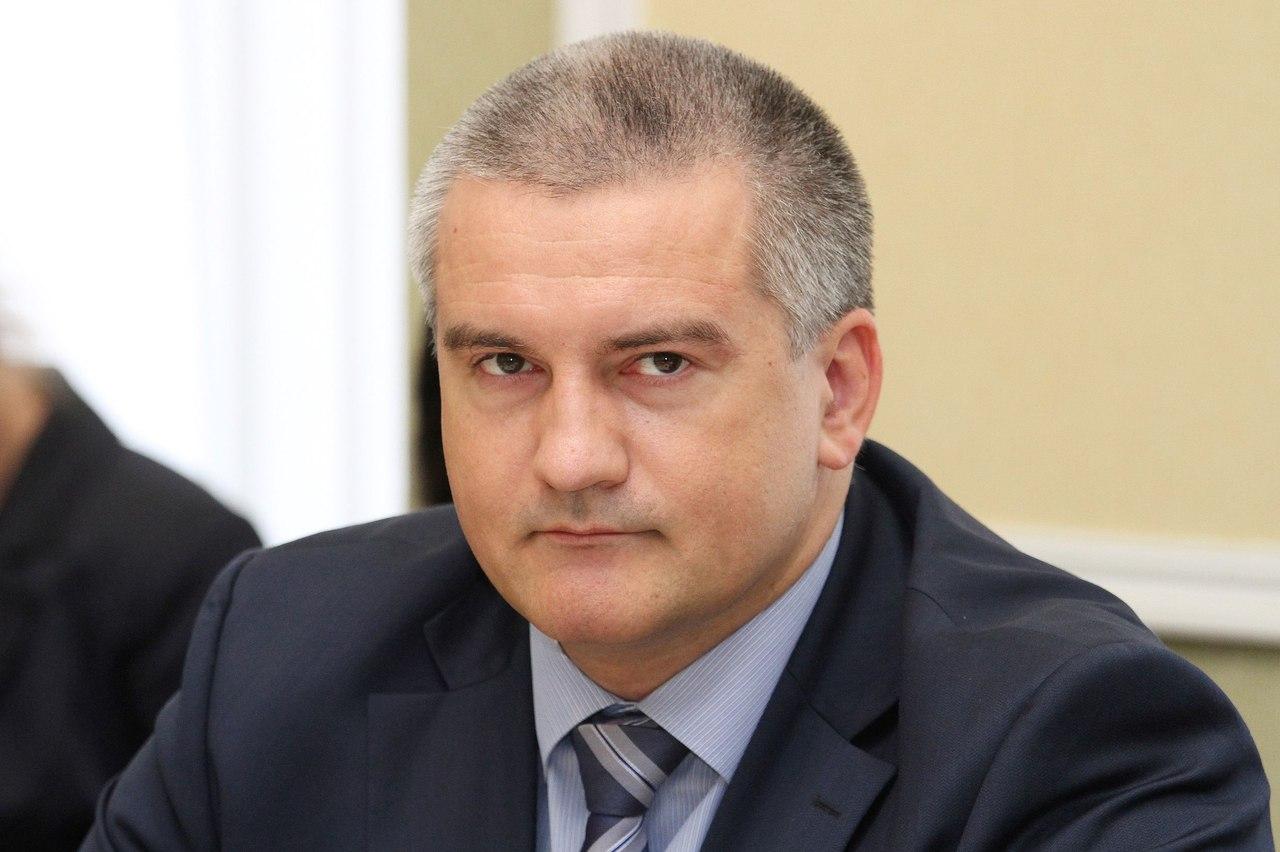 Аксенов пообещал устроить общественный суд главе Черноморской районной администрации