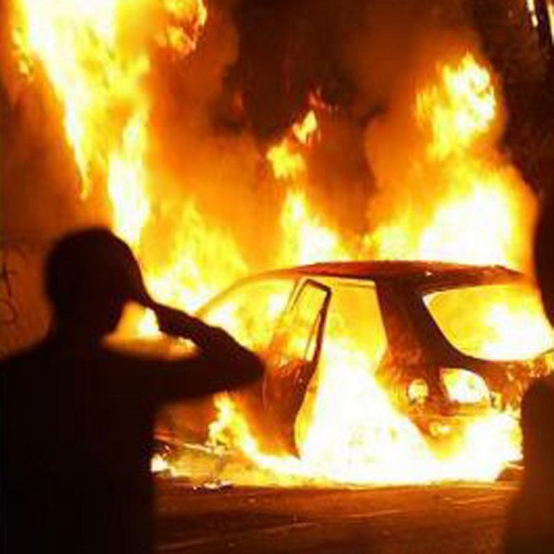 На Керченской переправе загорелся автомобиль