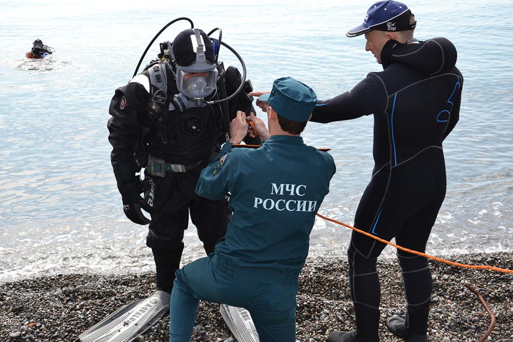 В Крыму продолжают готовить пляжи к курортному сезону