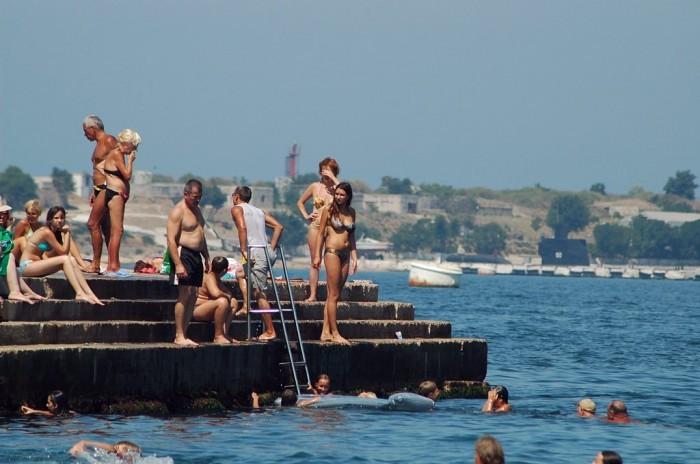 Севастопольские власти рассказали, когда в городе стартует купальный сезон
