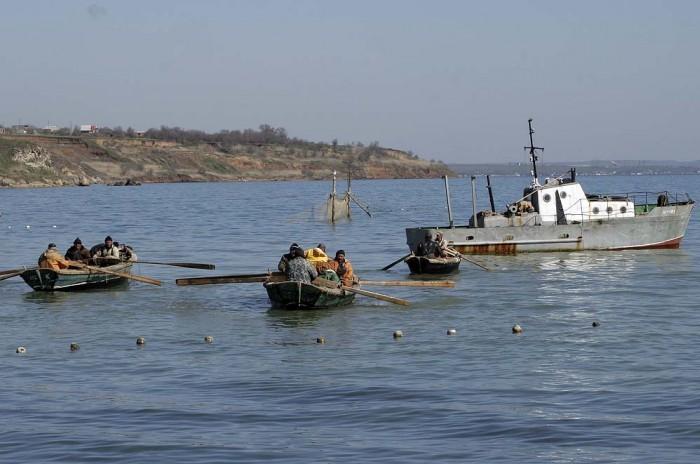 Теперь выйти в  море в Крыму без специального разрешения нельзя