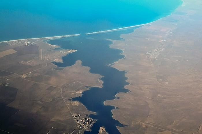 В Крыму решили поливать поля из озера Донузлав