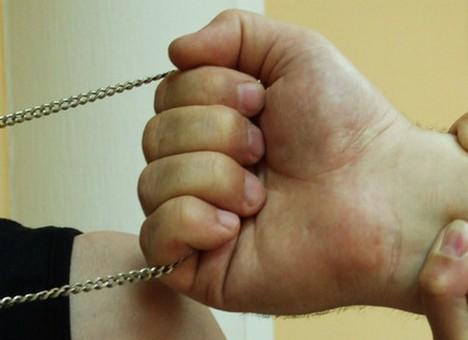 В Севастополе задержали уличного грабителя