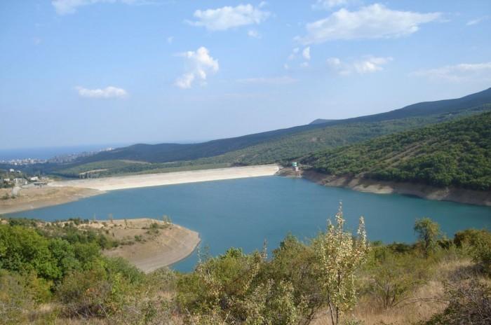 В течение трех лет в Крыму появится пять новых водохранилищ