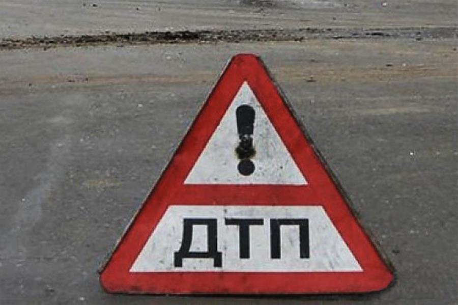 ДТП под Симферополем: перевернулся Ланос