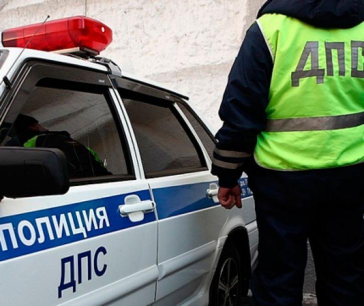 Крымских водителей продолжают наказывать за украинские номера