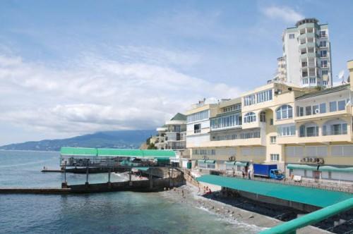 Аксенов настаивает на изменении законодательства, касающегося застройки прибрежной зоны