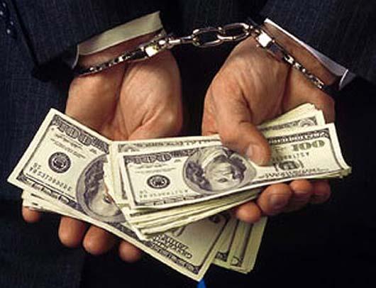 Контрабандист пытался подкупить пограничника на въезде в Крым