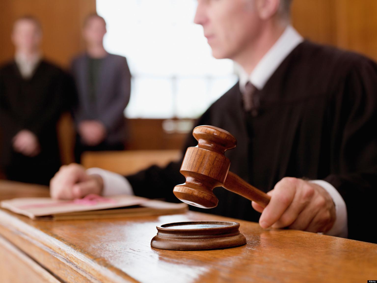 Крымский адвокат ответит за взяточничество перед судом