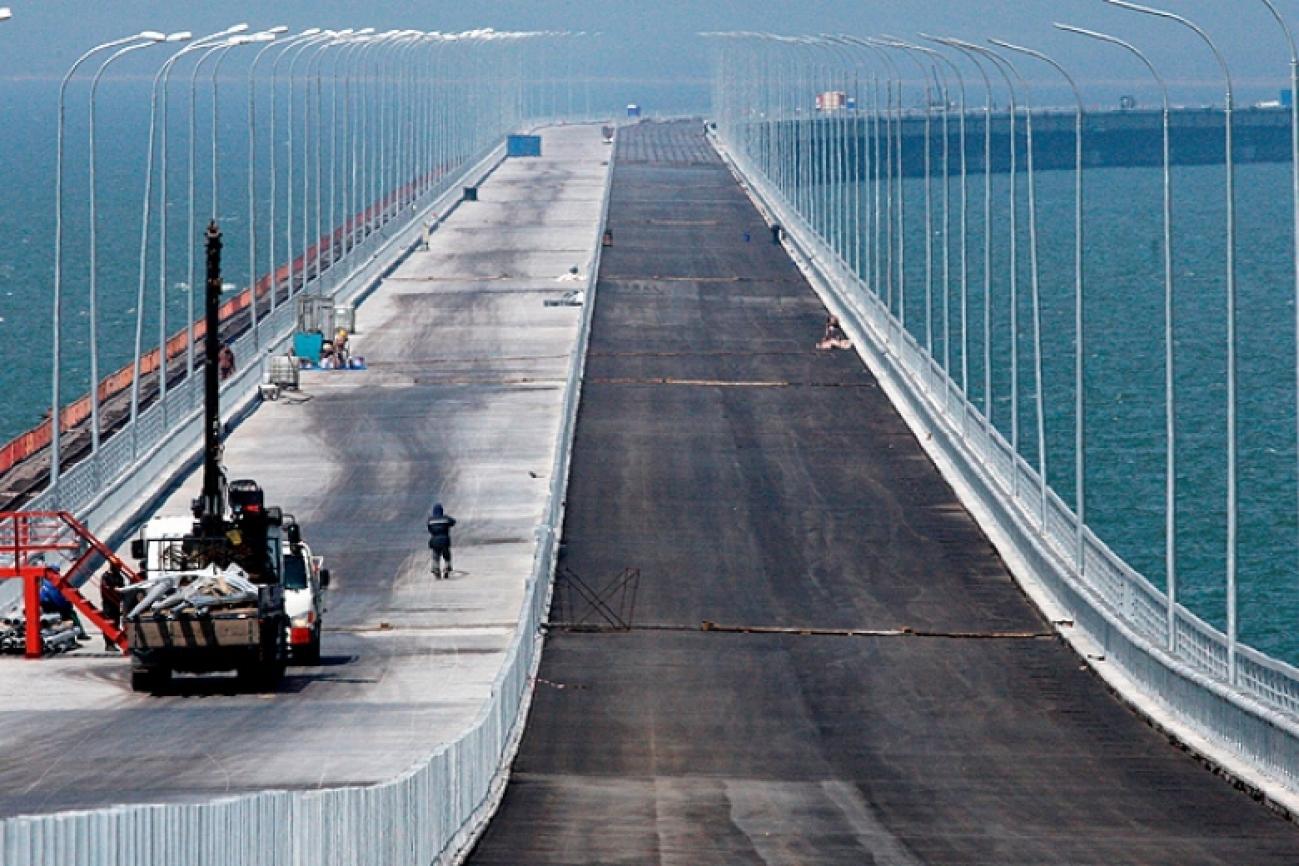 Строители Керченского моста работают с опережением плана
