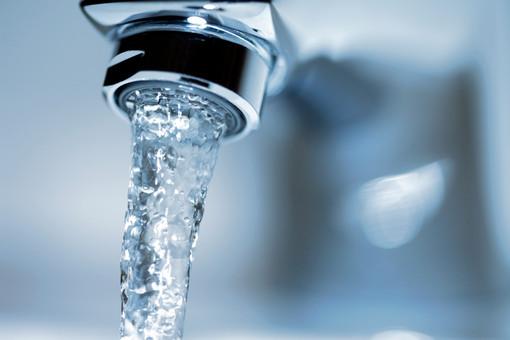 Жителям Армянска советуют пить воду прямо из-под крана