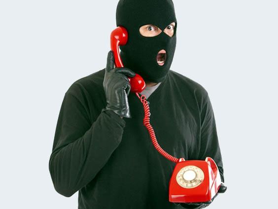 Полиция Симферополя предупреждает граждан об активизации телефонных мошенников