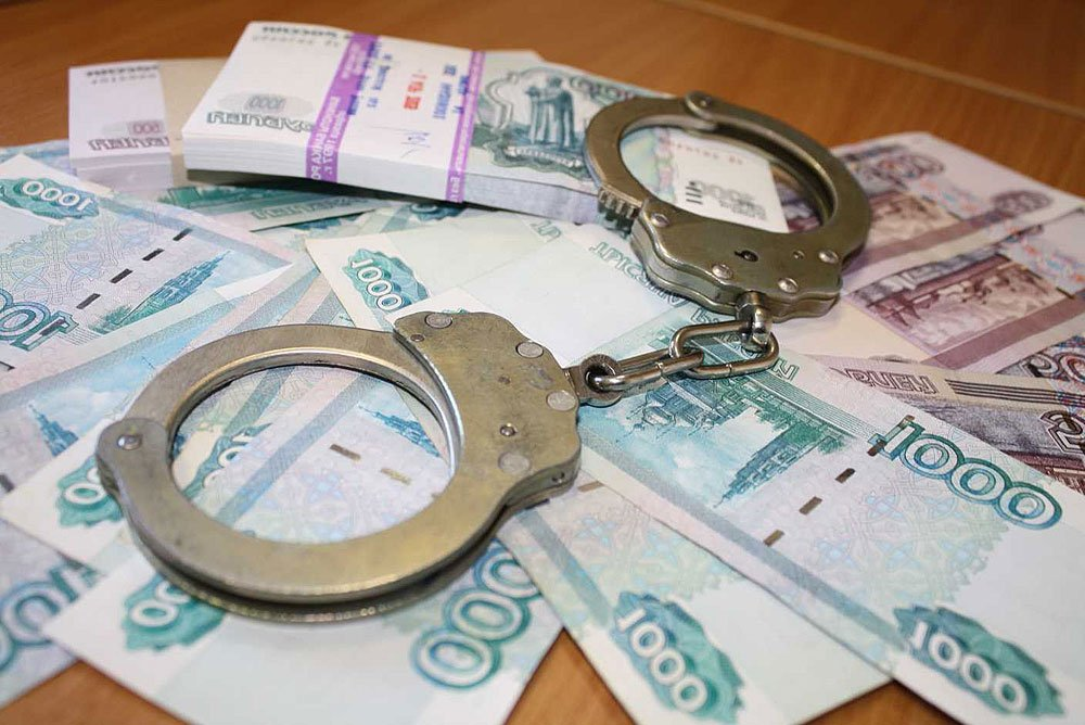 В Симферополе полицейский попался на взяточничестве