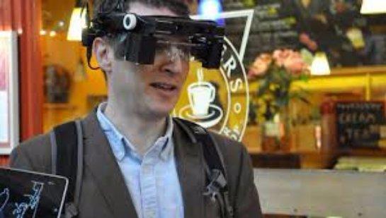 В Великобритании создали «умные очки» для слабовидящих