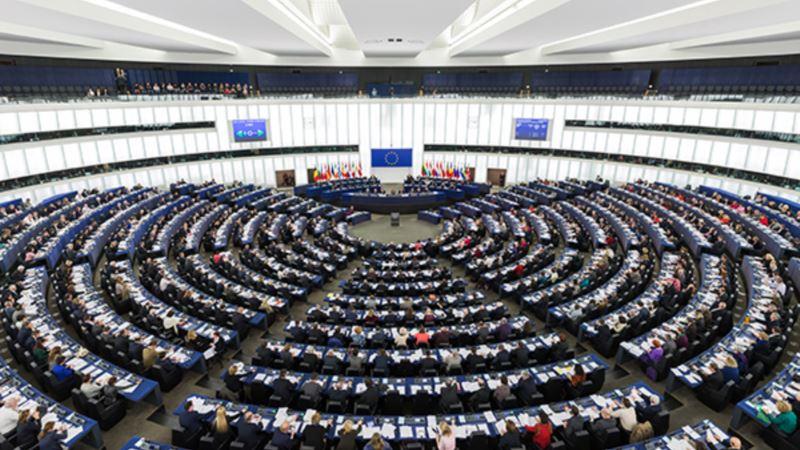 В Европарламенте предложили создать инвестфонд для Украины и ввести новые санкции для России