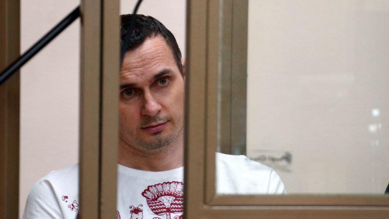 Московская правозащитница: Олега Сенцова этапируют на север России