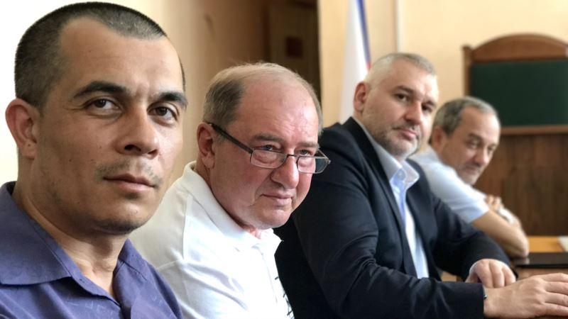 В крымском суде адвокаты просят прекратить уголовное преследование Ильми Умерова