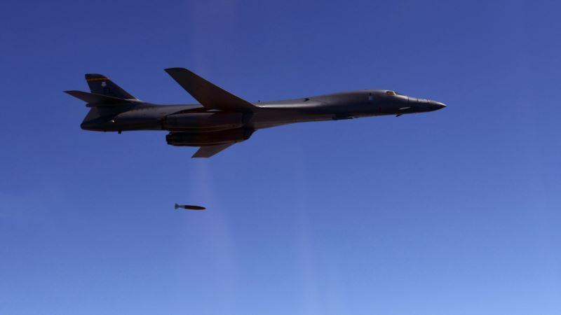 Бомбардировщики США пролетели неподалеку от побережья Северной Кореи