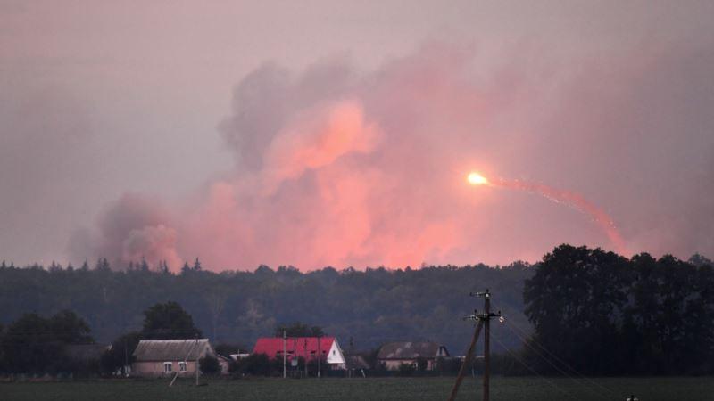 Минобороны Украины: на военном складе под Калиновкой прекратились взрывы