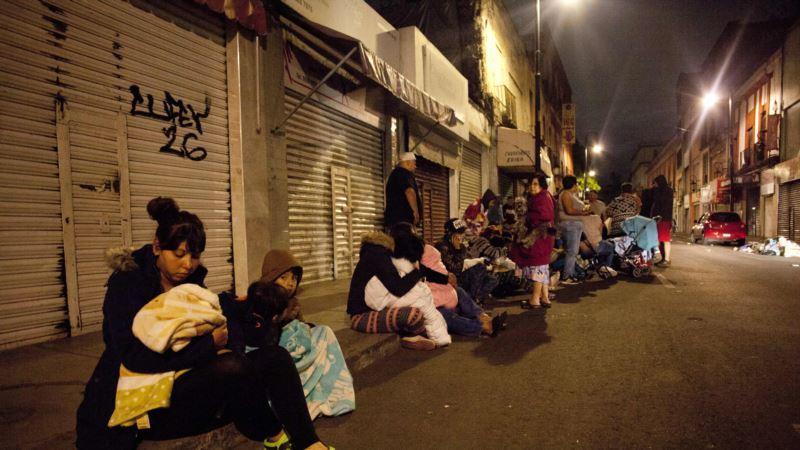 Число жертв землетрясения в Мексике выросло до 90 человек