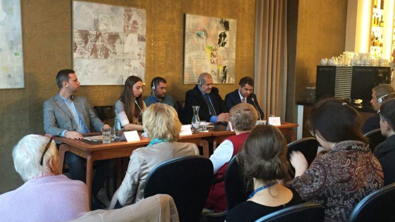 В Праге обсудили проблему нарушения прав человека в аннексированном Крыму