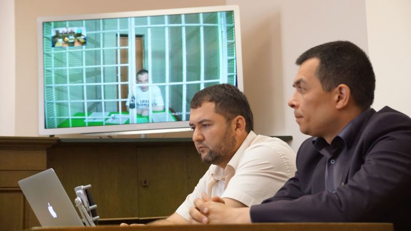Фейгин призывает поддержать крымских адвокатов Курбединова и Семедляева