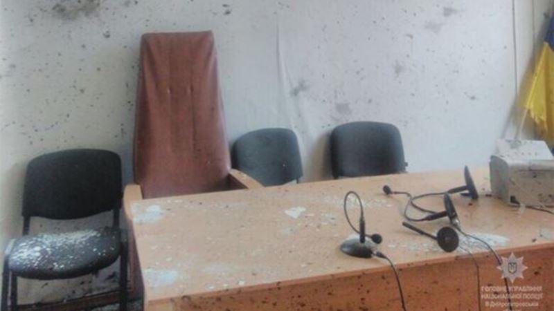 В здании Никопольского суда, где произошли взрывы, не работала рамка-металлоискатель