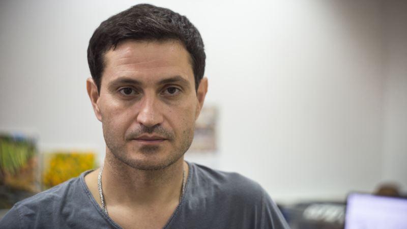 Режиссер Сеитаблаев пишет сценарий к фильму о запрете на въезд в Крым Джемилеву