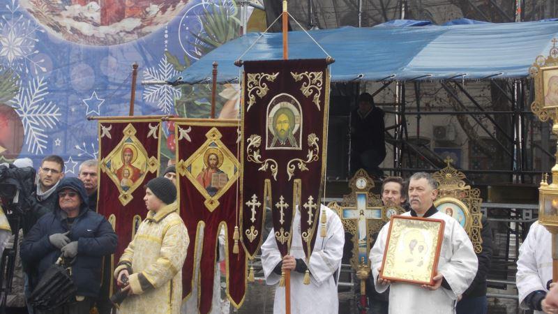 Крымские спасатели будут дежурить ночью в храмах на Рождество
