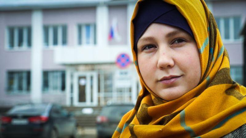 Суд в Крыму оштрафовал жену фигуранта симферопольского «дела Хизб ут-Тахрир» Абдуллаеву