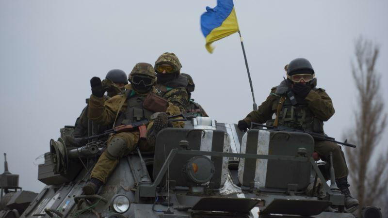За сутки на Донбассе погиб украинский военный, двое ранены – штаб АТО