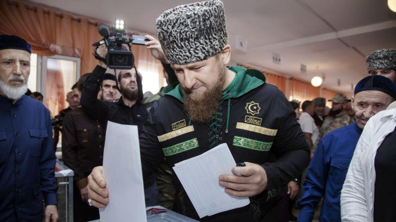 Россия: Навальный намерен отправить 53 наблюдателя в Чечню