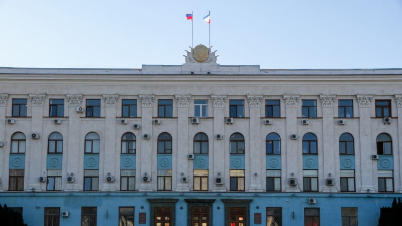 Аксенов уволил замглавы Минтруда Крыма