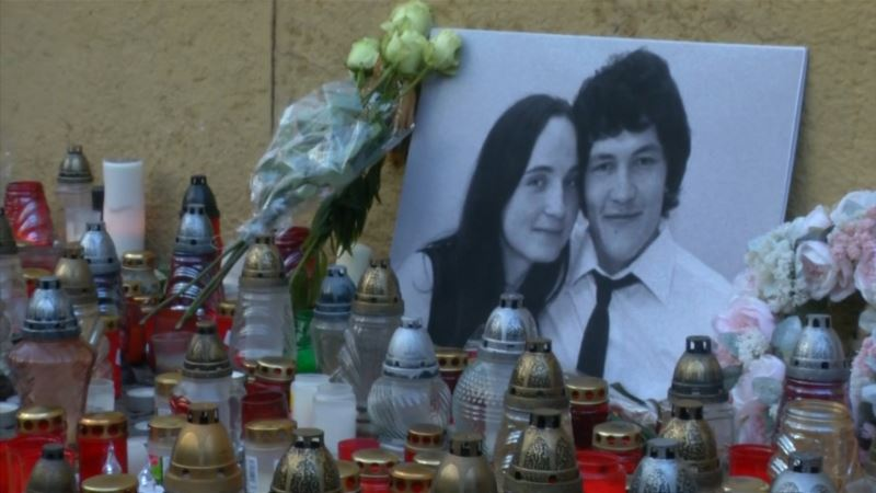 Тысячи демонстрантов в Братиславе требовали расследовать убийство журналиста