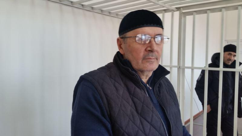 Россия: суд на два месяца продлил арест председателя чеченского «Мемориала»