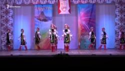 В Севастополе исполнили украинские и европейские танцы (+видео)