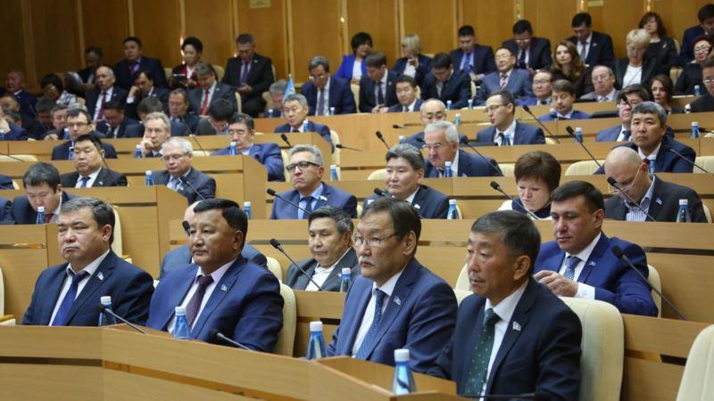 Якутия: в парламенте республики прошли обыски