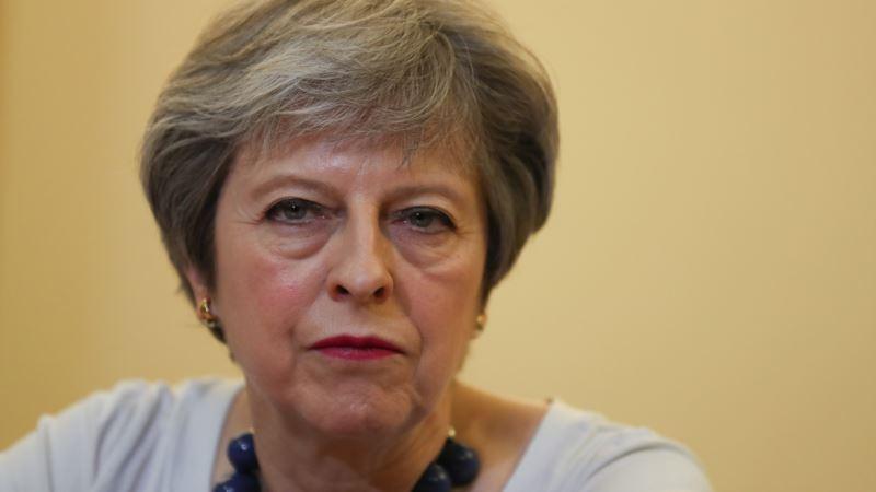 Великобритания: Мэй ответит в парламенте на критику авиаударов по Сирии