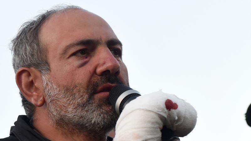 В Армении полиция задержала сына оппозиционного лидера, протесты продолжаются