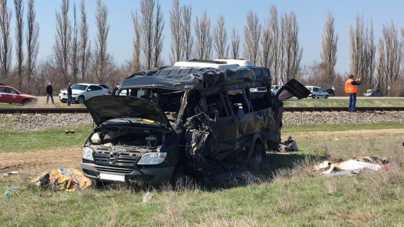 Ространснадзор намерен проверить перевозчика после аварии на переезде в Крыму
