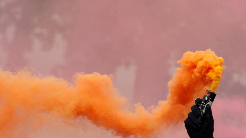 В Париже 1 мая полиция задержала двести человек – Reuters